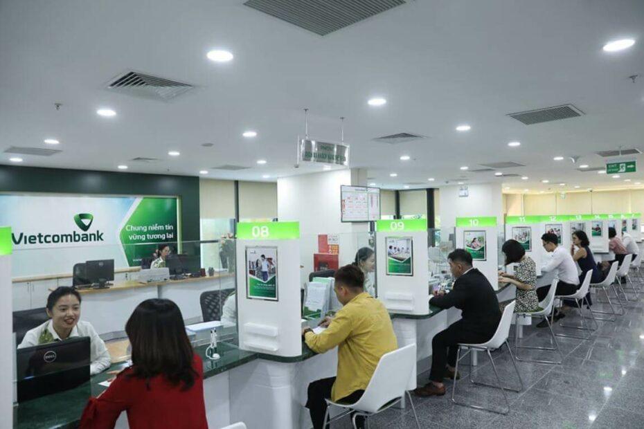 Cập nhật giờ làm việc ngân hàng Vietcombank mới nhất